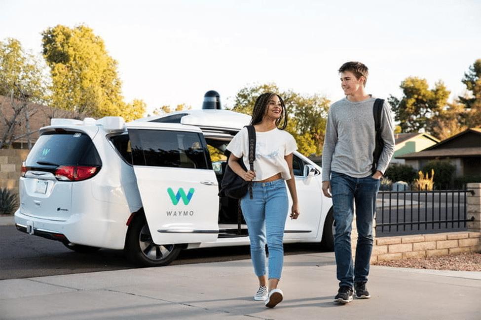 Waymo ผู้เบิกเส้นทางบนท้องถนนยุคใหม่ จุดเริ่มต้นรถยนต์ไร้คนขับ
